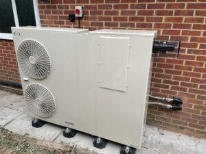 Hybrid Air Source Heat Pump in Nettlebed